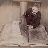 Fotografía antigua del Codex Gigas