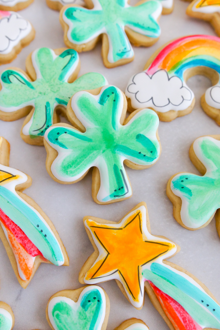 How to Make Watercolor Cookies - Watercolor St. Patrick's Day Cookies