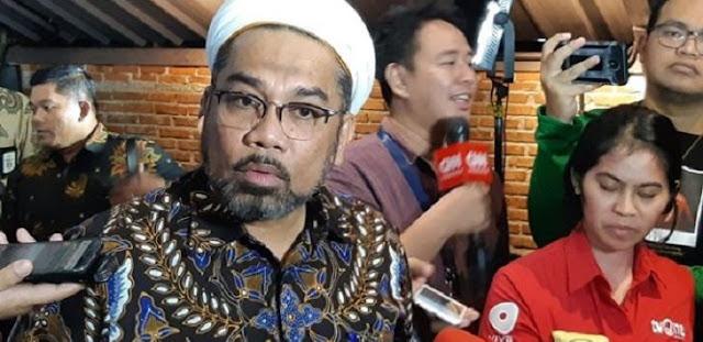 Jokowi Digugat Pedagang Rp10 Miliar, Ngabalin Ngegas: Memangnya Corona Buatan Pemerintah?