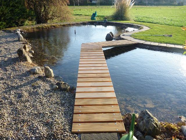 Gartenweg Steg Teich