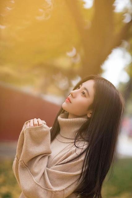 As coreanas costumam sempre inovar em tudo e nas fotos não é diferente, pois elas tem muita criatividade para tornar uma foto muito especial e ganhar muita atenção na internet. As fotos tumblr é uma febre no mundo inteiro e as coreanas sempre mostram bastante dicas e truques para tirar as fotos perfeitas e arrasar no Instagram. Se você quer saber como ficar tumblr, essas são as 10 ideias incríveis para você arrasar.