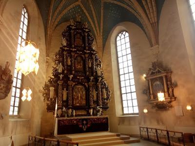 Interiör från Heliga Trefaldighets kyrka i Gävle. Foto: Karin Lönnå/Sundsvalls Kammarkör