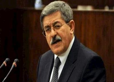 السجن سبع سنوات لرئيس الوزراء الجزائري الأسبق أحمد أويحيى