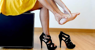 http://katalebay1.blogspot.com/2015/11/tips-memilih-sepatu-sehat.html