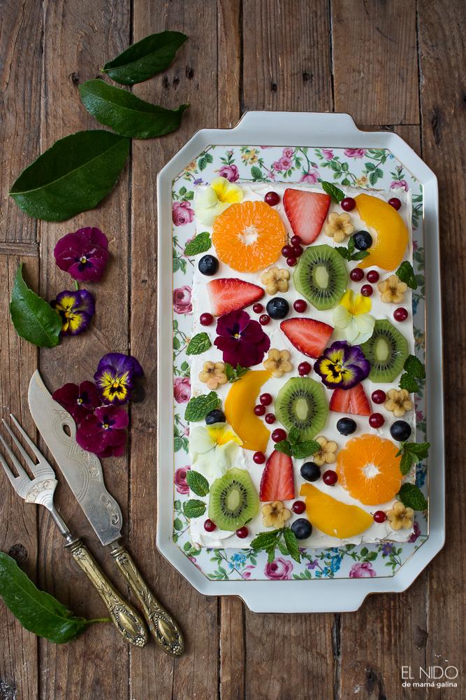 cheese cream & fruit cake