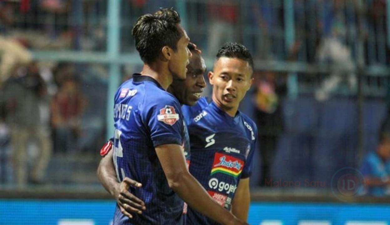 Arema FC Naik ke Papan Atas Klasemen Setelah Kalahkan Barito Putera