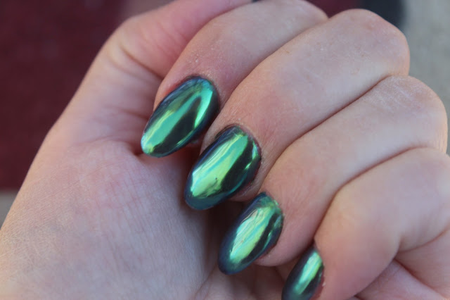 I Absolutely Love How My Nails Turned Out This Time Would You Dare To Do Emerald Green Or Is It Just A Bit Much Let Me Know In The Comments Form