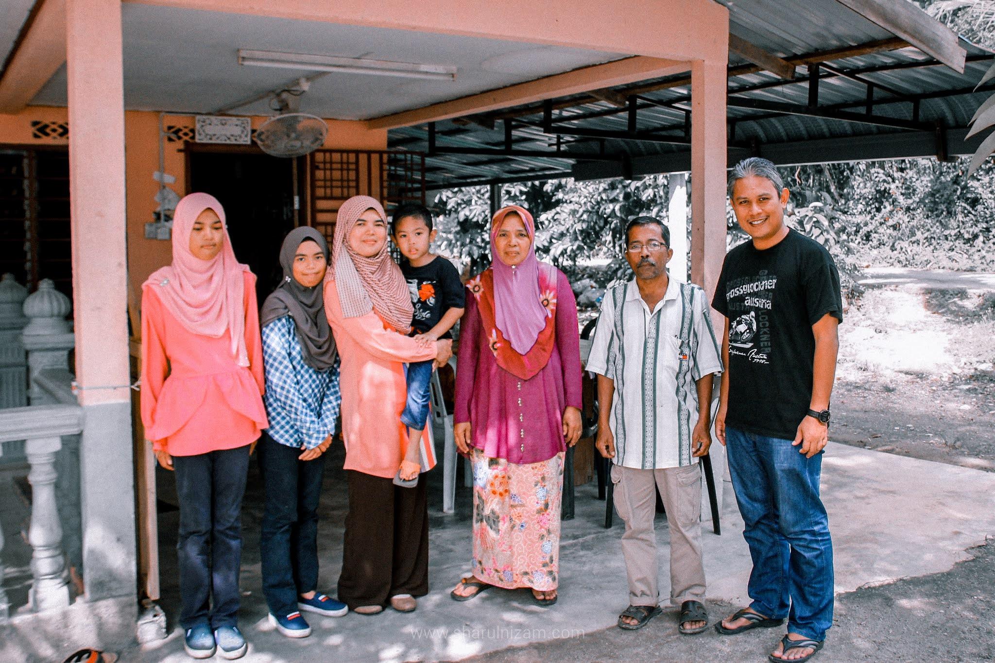 Semangkuk Laksa Di Kampung Padang Balai