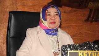 Baiq Isvie Bangga dan Dorong Sekda NTB dari Perempuan