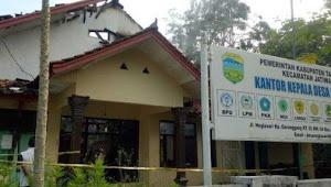 Kepala Desa Bakar Kantor, Karena Takut Diaudit Penggunaan Dana Desa