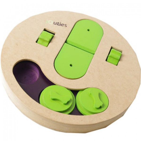 Iquties Slot And Lever Dog Toy