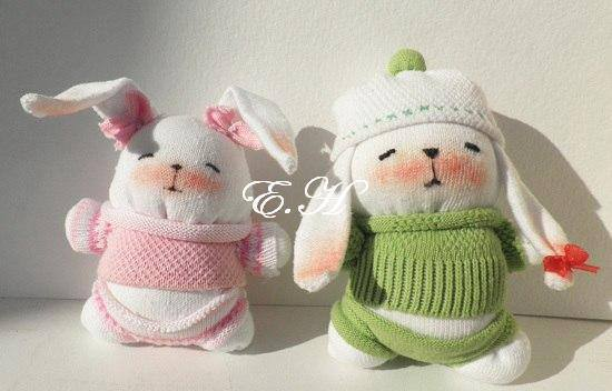socks rabbits pattern