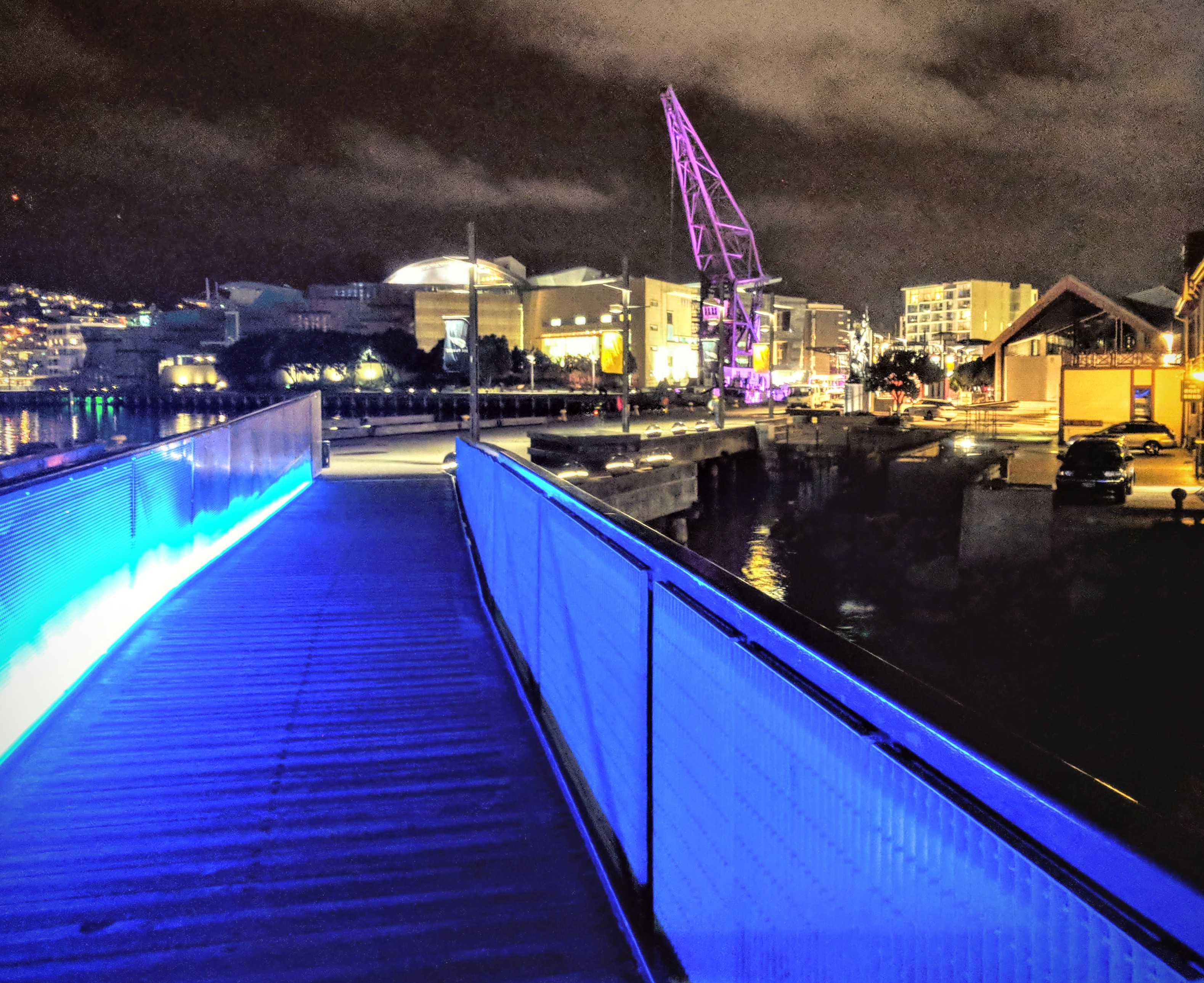 Wellingtons lit up Whairepo Lagoon bridge