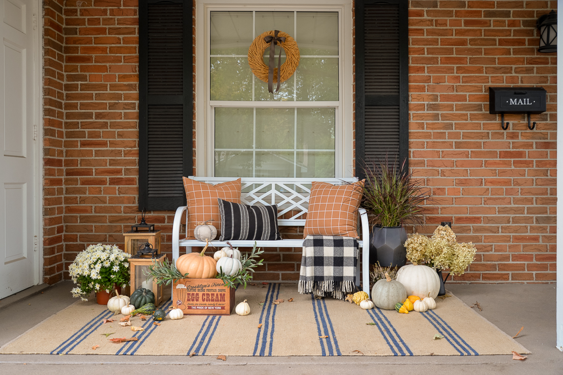 fall front porch decorating ideas, front porch decorating ideas for fall, fall porch decor
