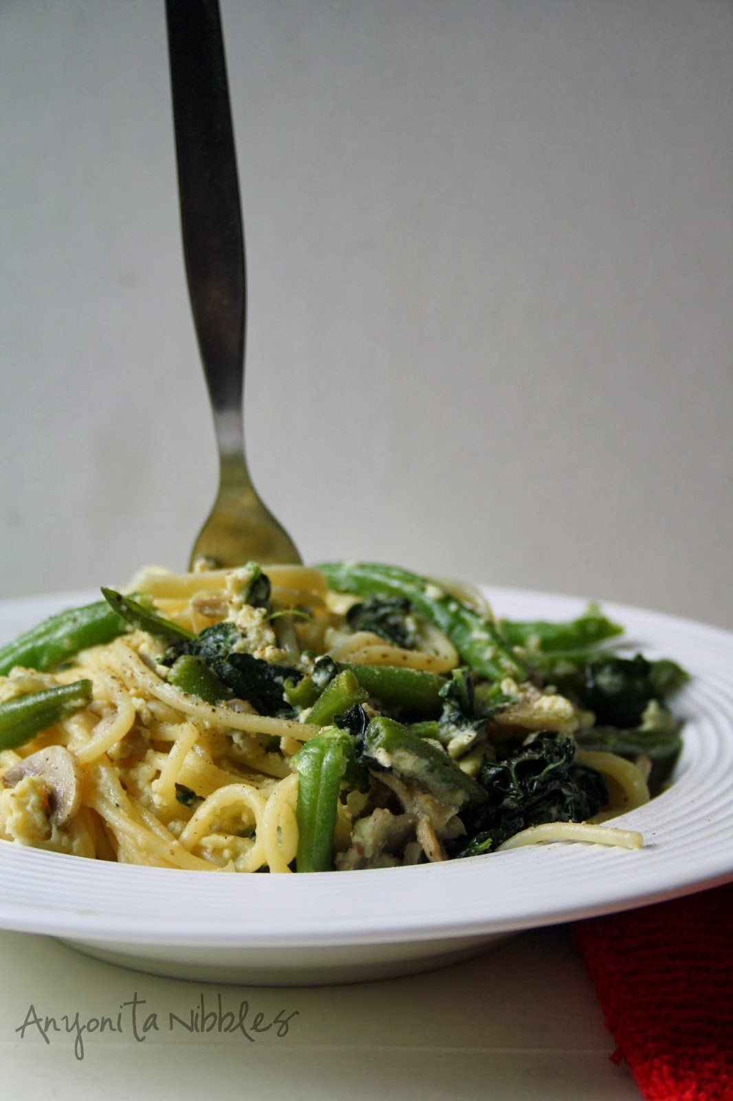 Veggie carbonara made with cavolo nero, green beans and mushrooms | Anyonita Nibbles