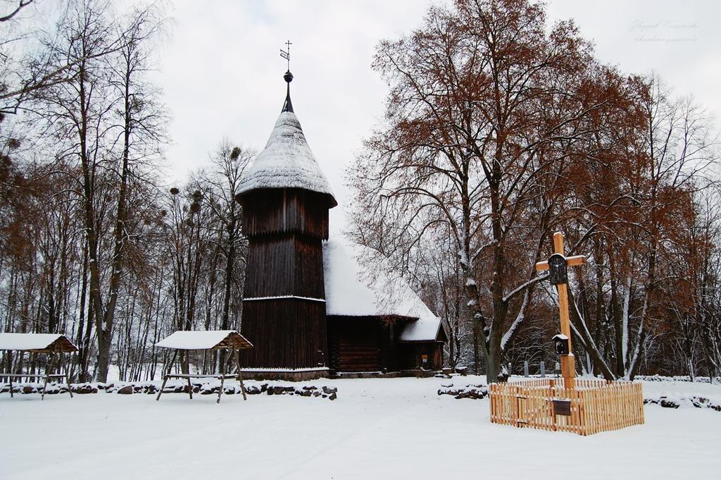Skansen w Olsztynku, drewniany kościół