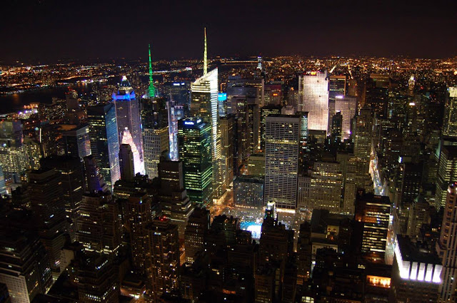 New York vu de l'Empire State Building de nuit Agathe Diary