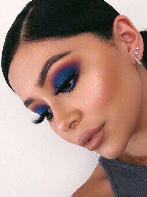maquillaje de ojos azul de dia