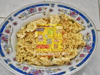 Tahapan Memasak Mie Telur Dadar Menggunakan Rice Cooker