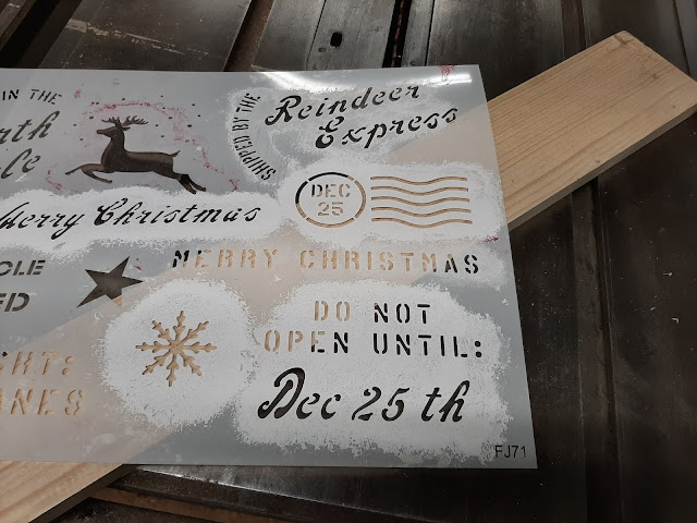 Stencil Sweet Christmas Signs in Minutes