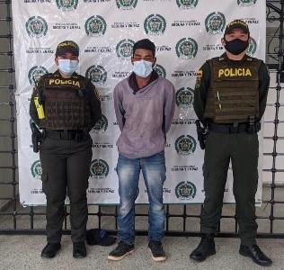hoyennoticia.com,  En Pueblo Bello un Arahuaco casi mata a un paisano con una pala