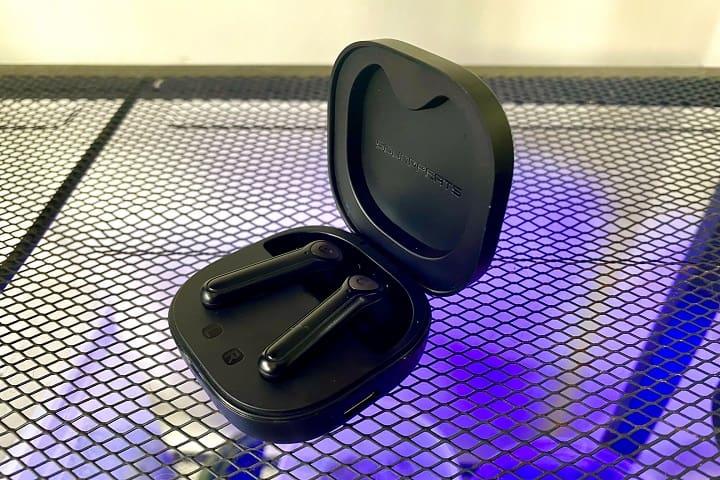 SoundPEATS TrueAir 2 TWS Earbuds Battery Review