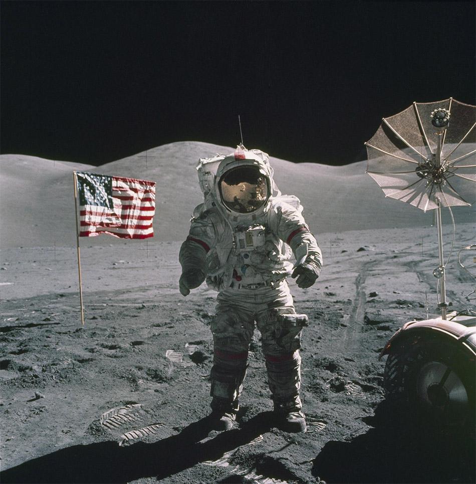 चाँद के बारे में रोचक तथ्य