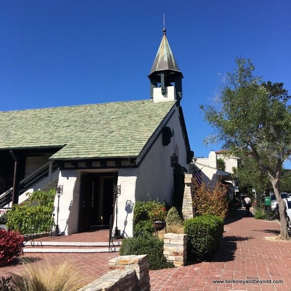 exterior of Church of the Wayfarer in Carmel, California