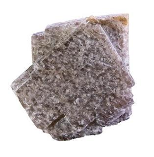 la sanidina es un mineral que pertenece al grupo de los feldespatos