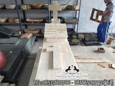 Makam Kristen Modern, Makam Kristen Perjamuan Kudus, Contoh Kuburan Kristen Marmer