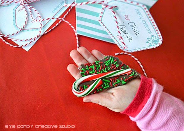 holiday bark, how to make candy cane bark, chocolate bark