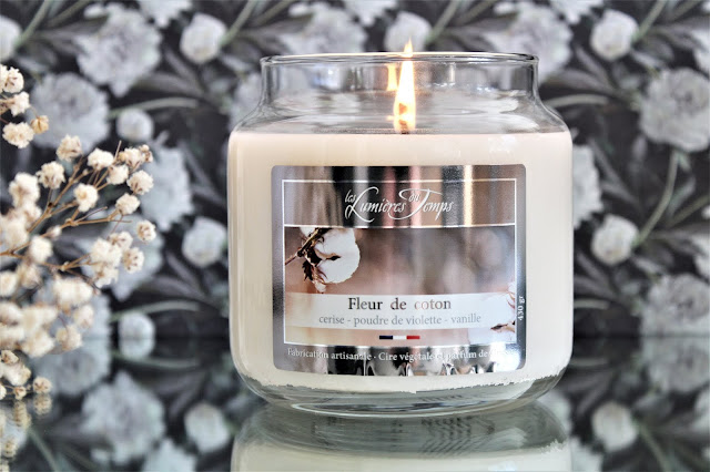 Fleur de Coton Les Lumières du Temps avis, les lumières du temps fleur de coton, bougie parfumée odeur de propre, parfum fleur de coton, parfum propre, bougie parfumée fleur de coton, bonbonnière les lumieres du temps, bougie les lumières du temps avis, bougie parfumée les lumières du temps