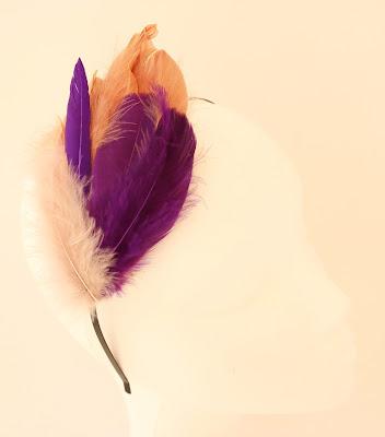 OI 1718 - Coleccion Oro Morado 3 Tocado plumas