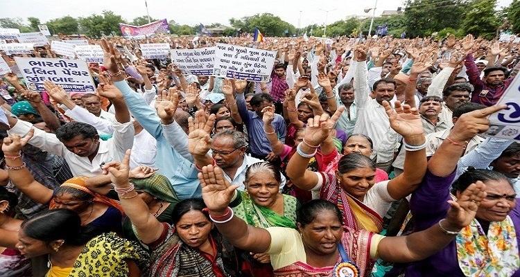 قرار عاجل من الهند بخصوص عمالها الجياع في السعودية
