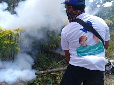Relawan Ridho Lakukan Fogging Pencegahan Wabah DBD
