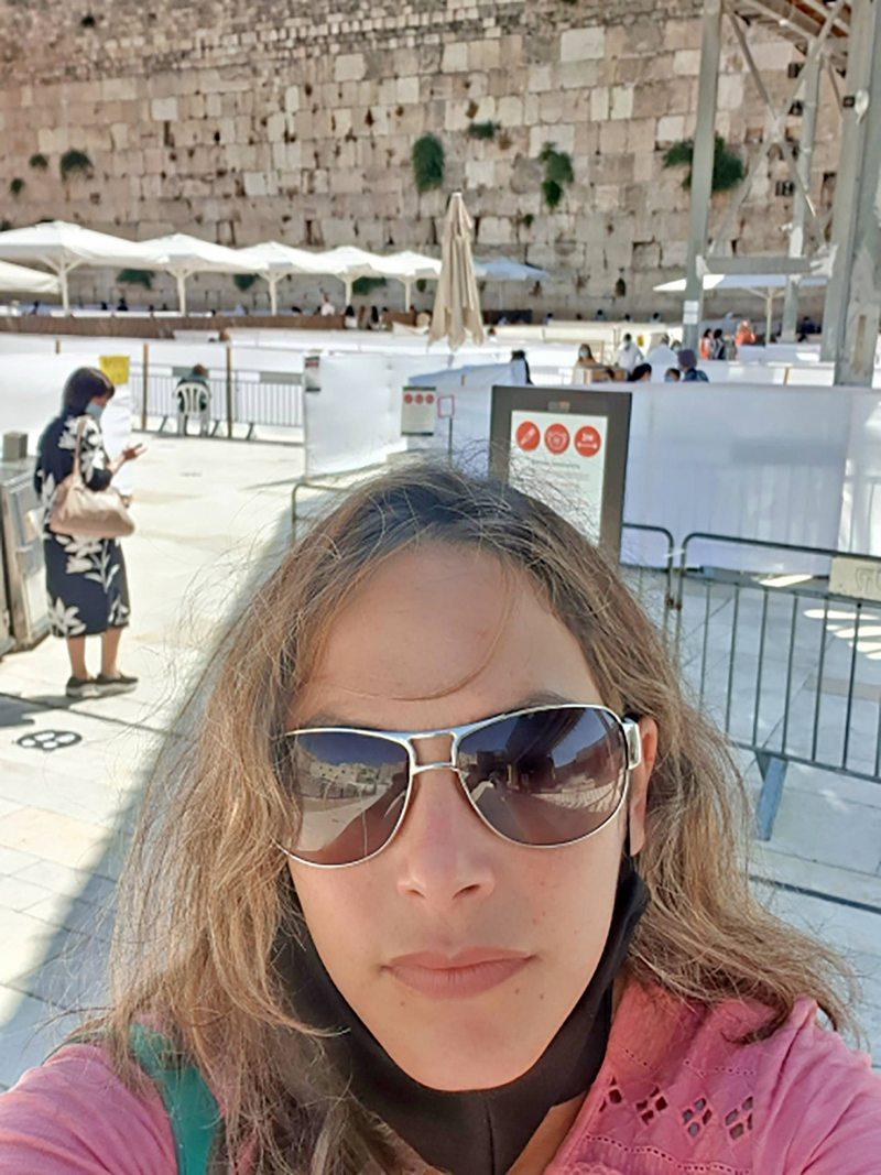 Chilenos cuentan cómo es estudiar, trabajar y armar una vida en Israel