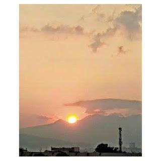 sunset dibelakang rumah
