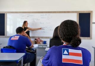 Justiça determina retomada das aulas na Bahia até março