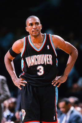 photo of vancouver grizzlies shareef abdur rahim jersey