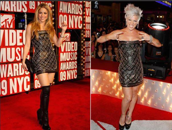 Shakira e Pink par de vasos vestido