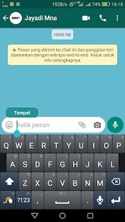 Membuat tulisan terbalik di Whatsapp