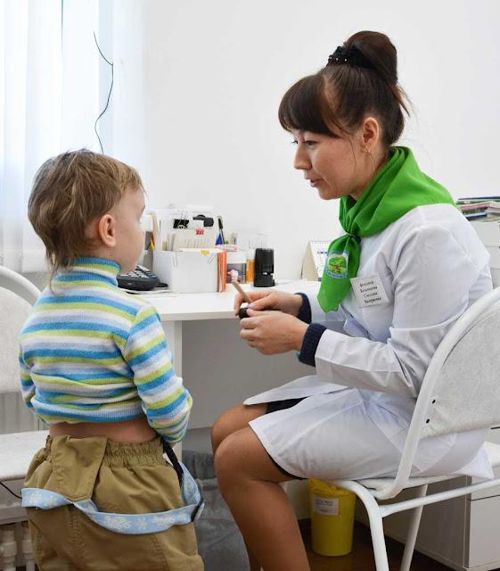 Жители Золотилова довольны медиком, медик доволен работой