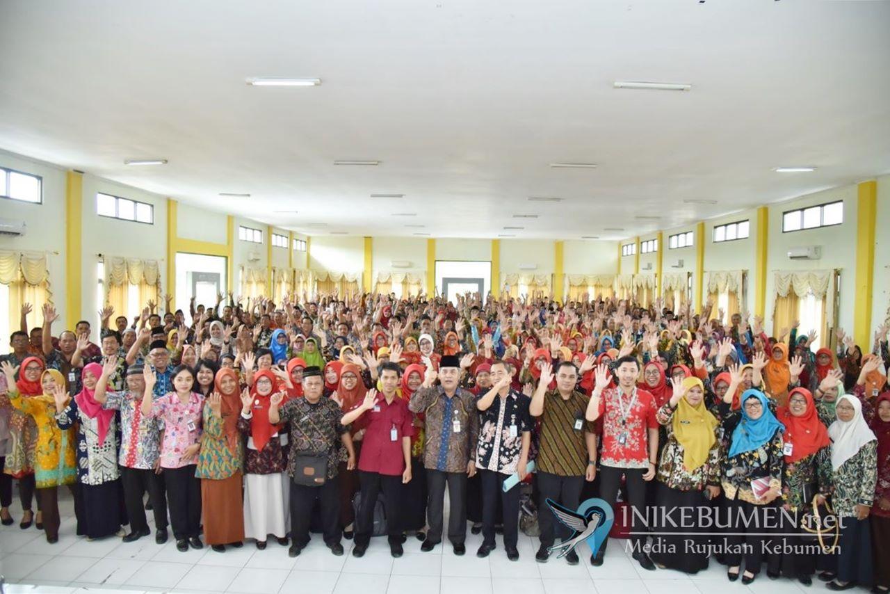 Tahun ini, Jumlah Penerima Program Indonesia Pintar di Kebumen Berkurang