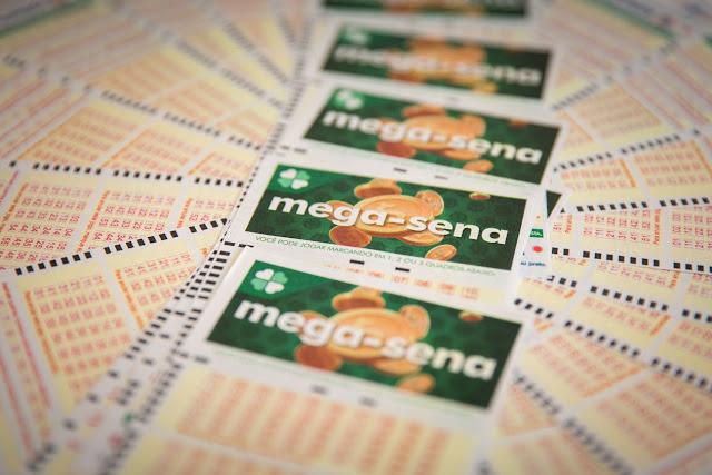 Mega-Sena: ninguém acerta as seis dezenas e prêmio acumula em R$ 6 milhões