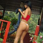 Andrea Rincon, Selena Spice Galeria 21 : Jean Azul y Top Rojo Foto 52