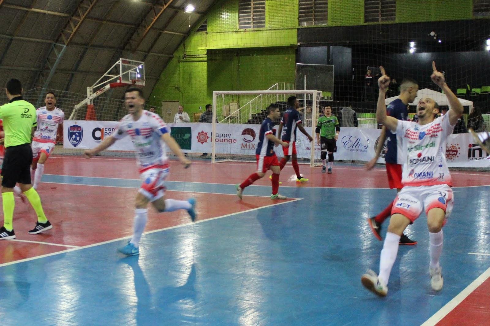 Associação Marauense de Futsal - AMF  AMF conquista empate no último ... 8fc7f6f7eab83