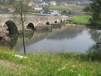 ponte romana em rio
