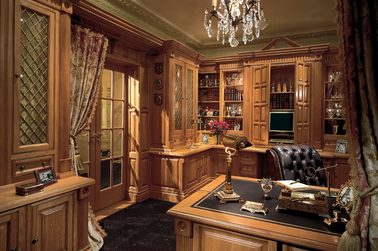 tradition interiors of nottingham clive christian luxury study furniture. Black Bedroom Furniture Sets. Home Design Ideas