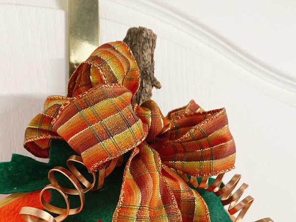 Easy Peasy Embroidery Hoop Pumpkin Wreath