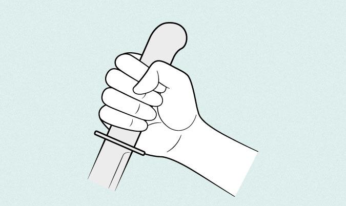 Pisau memegang tangan anime